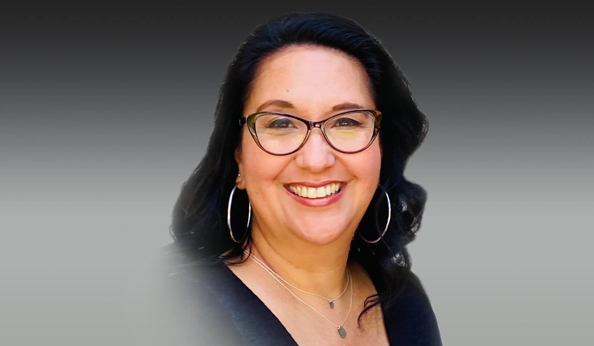 Closeup of Lisa Guerrero.